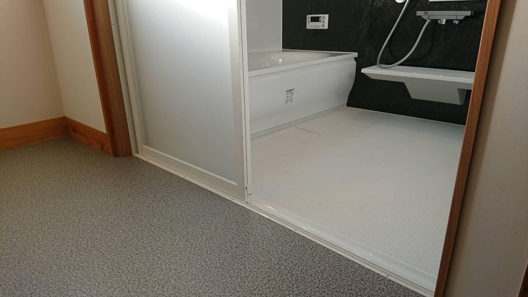 浴室暖房乾燥機付き!
